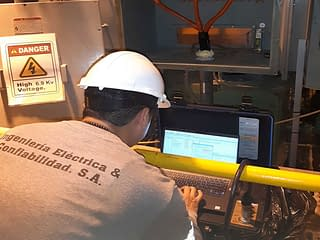 https://mlu8fez2o6uk.i.optimole.com/yqMRdcs.DIsG~2a97a/w:320/h:240/q:75/rt:fill/g:ce/https://www.ingelco.com/wp-content/uploads/2020/11/motores-electricos-analisis-estatico-dinamico-mantenimiento-predictivo-ingelco-ingenieria-electrica-confiabilidad-600X450.jpg
