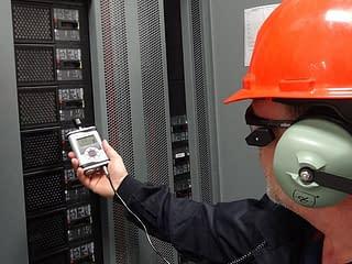 https://mlu8fez2o6uk.i.optimole.com/yqMRdcs.DIsG~2a97a/w:320/h:240/q:75/rt:fill/g:ce/https://www.ingelco.com/wp-content/uploads/2020/11/ultrasonido-acustico-equipos-energizados-ingelco-ingenieria-electrica-confiabilidad-600x450-1.jpg