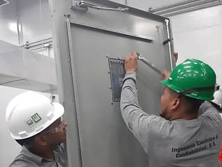 https://mlu8fez2o6uk.i.optimole.com/yqMRdcs.DIsG~2a97a/w:320/h:240/q:75/rt:fill/g:ce/https://www.ingelco.com/wp-content/uploads/2020/11/ventanas-infrarrojas-venta-suministro-instalacion-termografia-ultrasonido-ingelco-ingenieria-confiabilidad-03-600x450-1.jpg